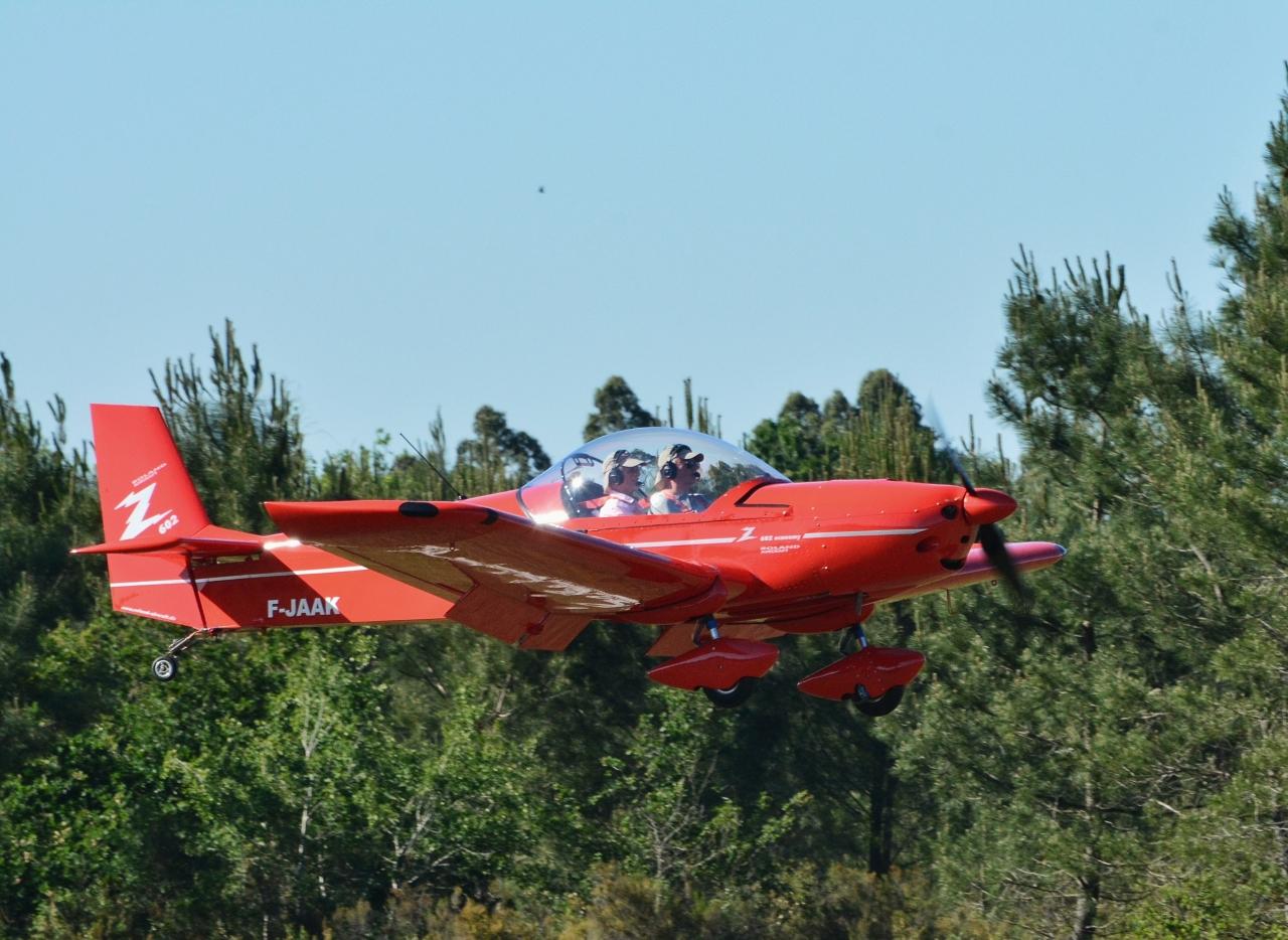 Z602 atterrissage Andernos 2017