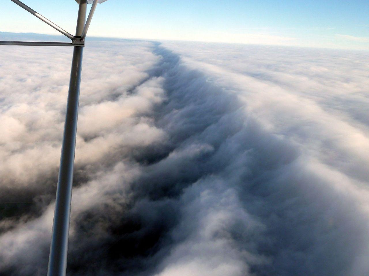Alpenflug_Rückflug_Luftmassengrenze